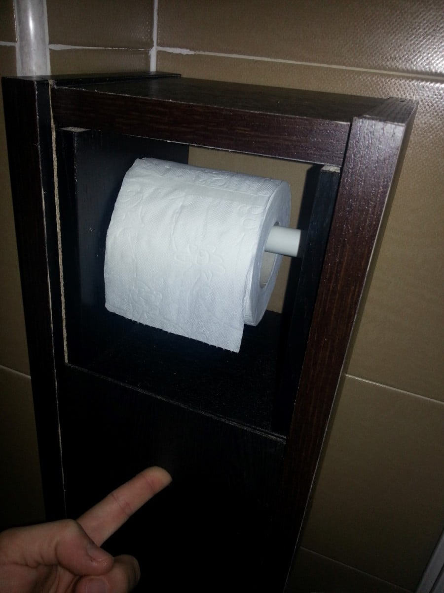 Benno dvd gnedby toilet paper roll holder ikea hackers for Ikea paper storage