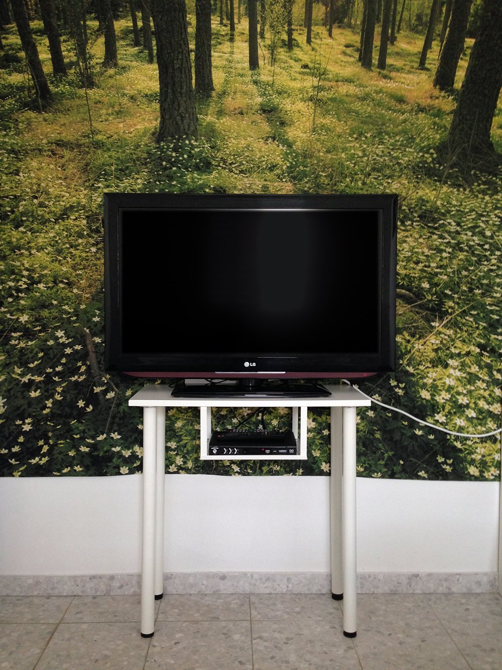 Tall TV Stand - IKEA Hackers