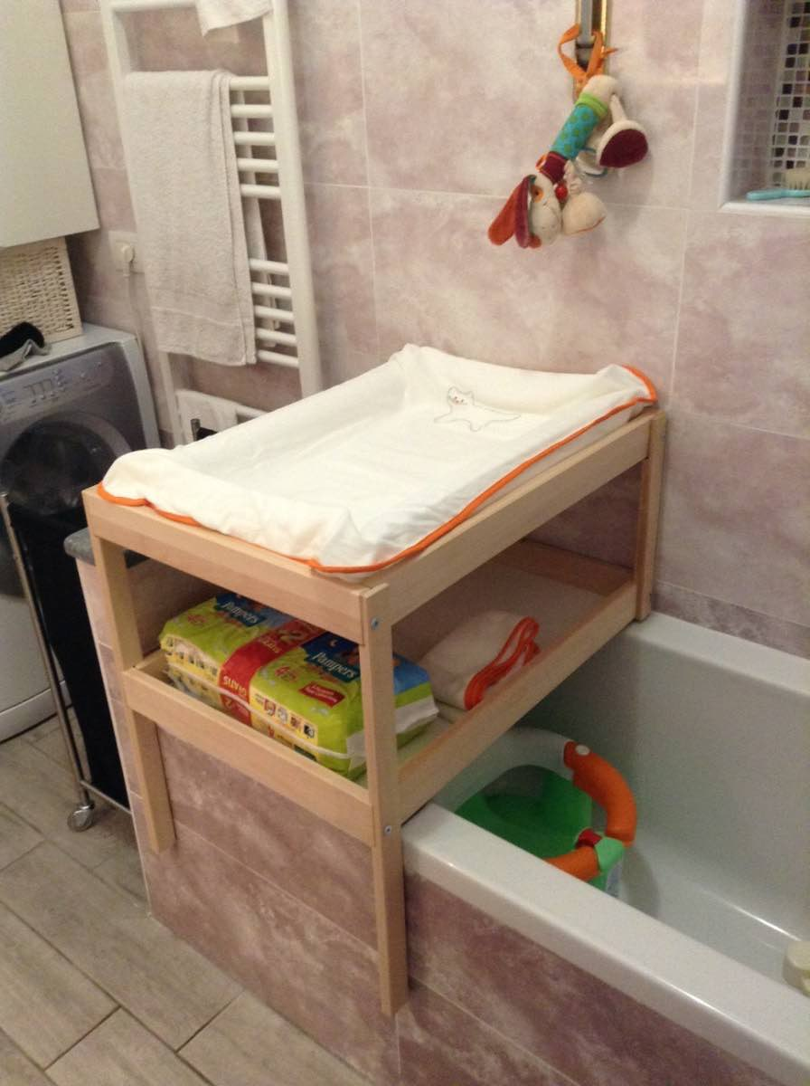 Over bathtub changing table for small spaces ikea hackers - Table a langer compact ...