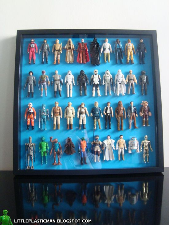 Displaying figures using Ribba Star Wars figures or any figures