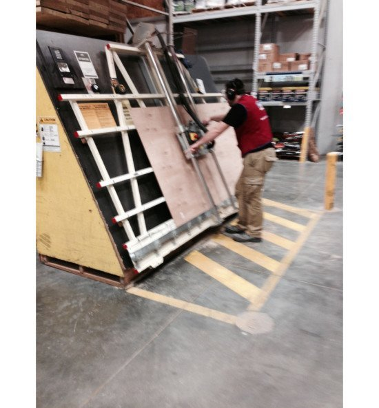 3_plywood_frame_lowes_cutting_plywood