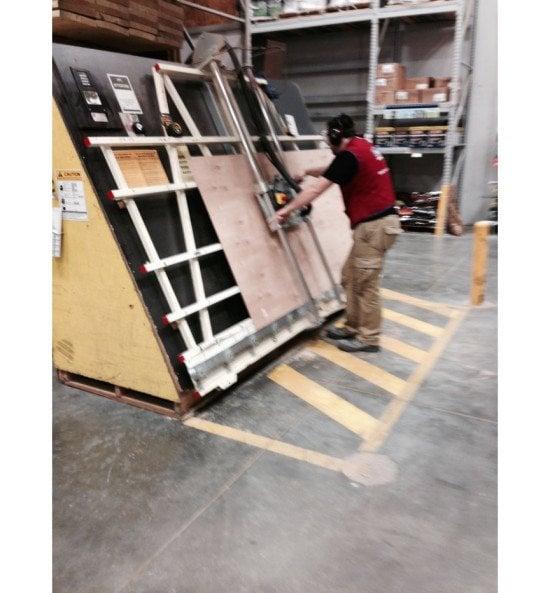 3_plywood_frame_lowes_cutting_plywood