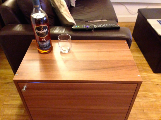 side table mini bar 3