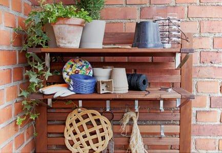 Hackers Help: Äpplarö outdoor shelves as indoor wall shelves ...