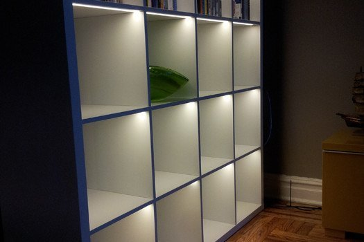 light up the kallax ikea hackers ikea hackers. Black Bedroom Furniture Sets. Home Design Ideas