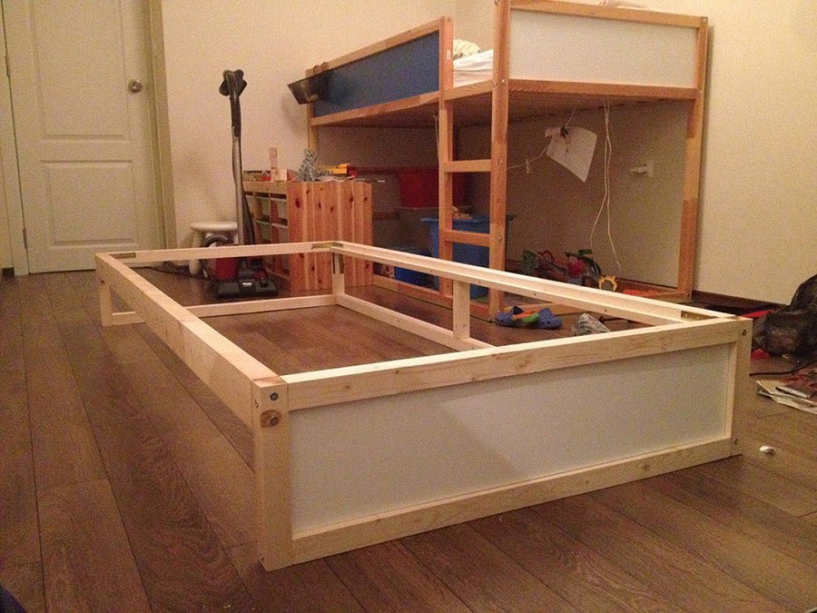 ikea kura double bunk bed + extra hidden bed (sleeps 3!) - ikea