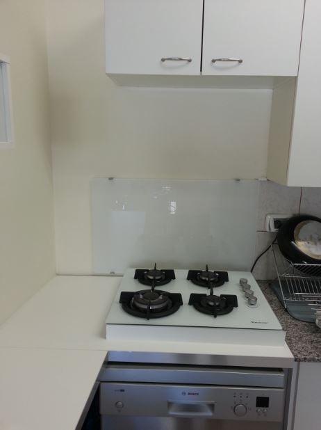 10 Adding glass & stove