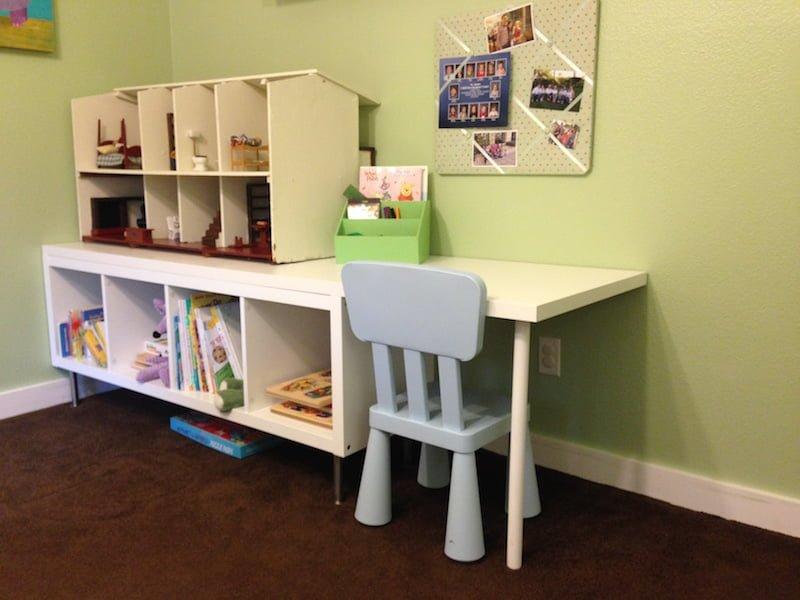 kallax toddler desk ikea hackers ikea hackers. Black Bedroom Furniture Sets. Home Design Ideas