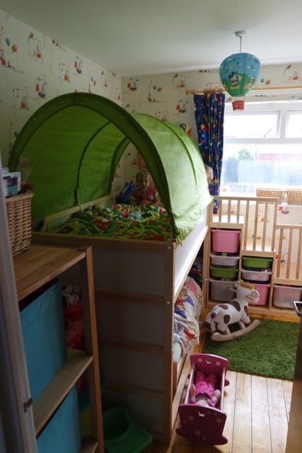 Epic Kura Kritter u Trofast hack u toddler friendly bunkbed