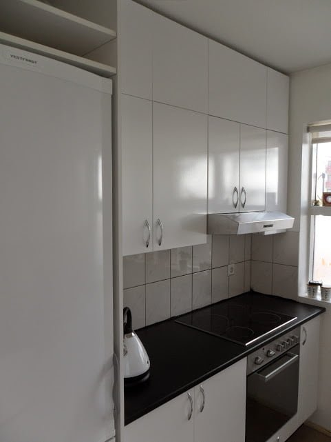 Kitchen cabinet extension using IKEA Billy - IKEA Hackers - IKEA ...