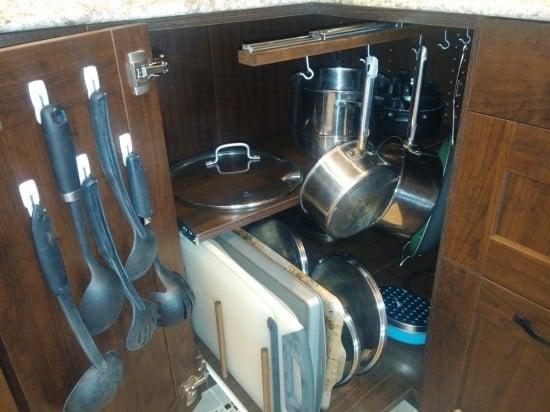 kitchen corner cabinet4