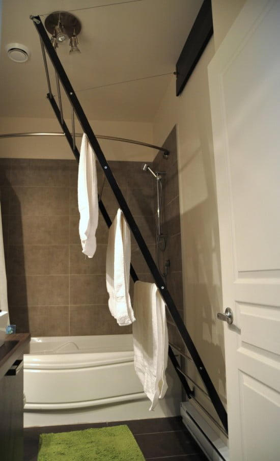 IKEA Hackers - Stow away towel dryer