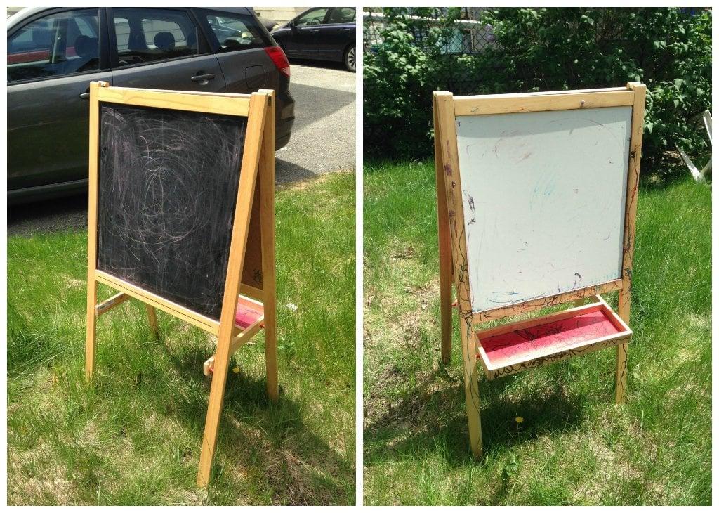 Dilapidated Childs Easel Becomes Chalkboard Wedding Sign Ikea Hackers