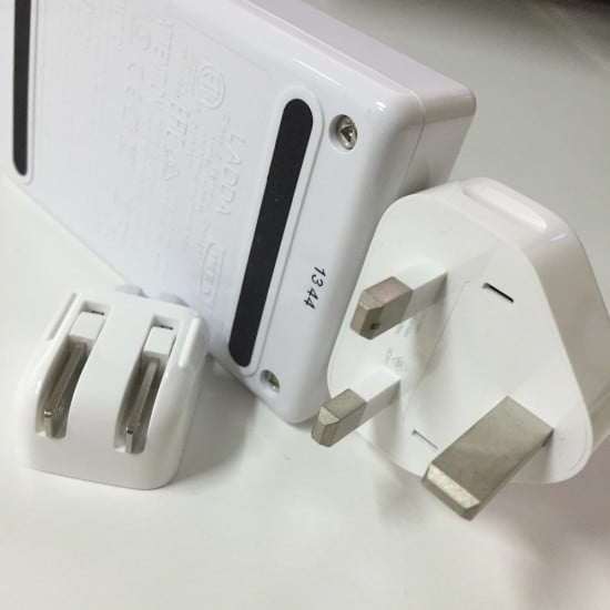 LADDA Battery Charger and Apple charger adapters