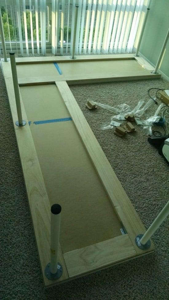 Secure with corner brackets | IKEA Hackers