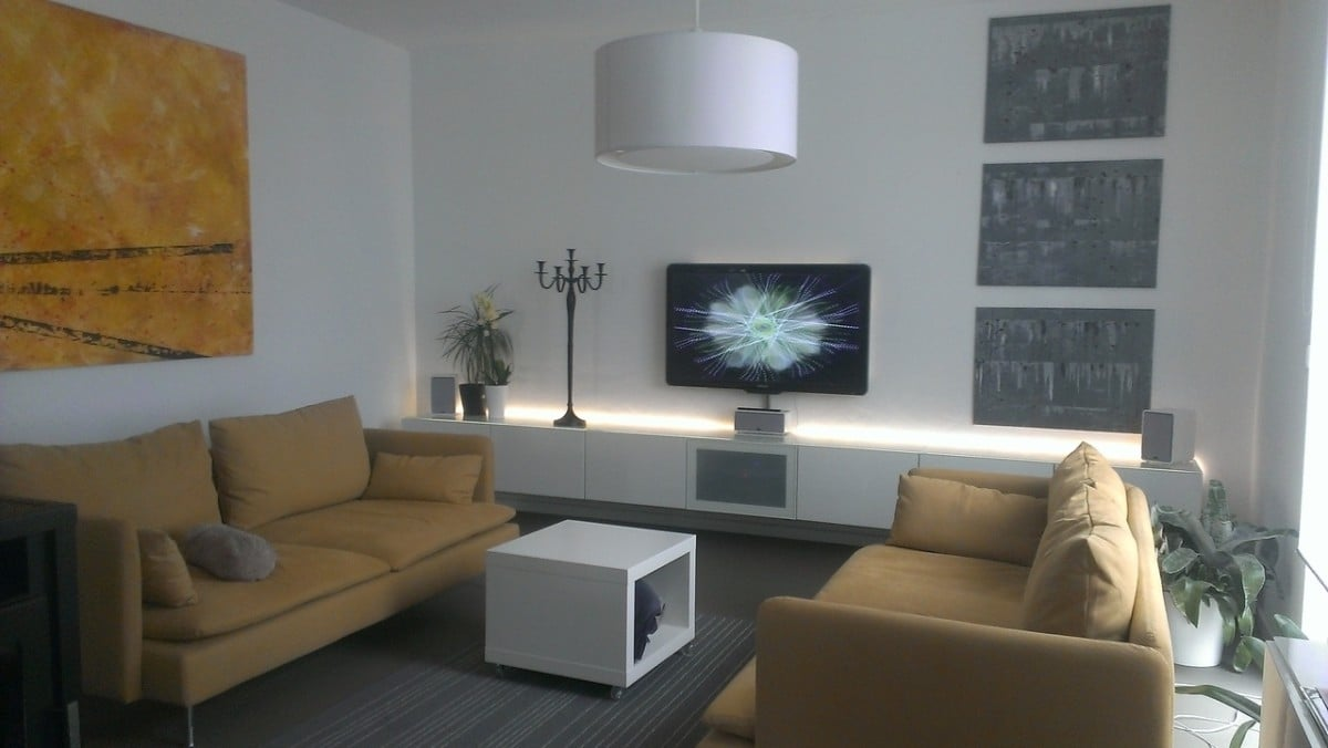 Ambient lighting for the BESTA media unit
