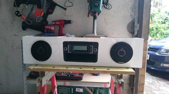 Built-in HEMNES stereo for Kids_2