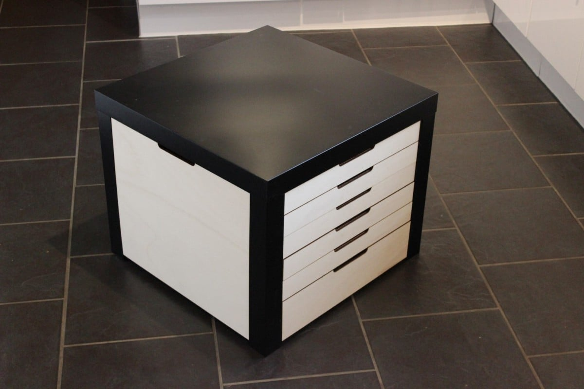 Lack table with lego storage drawers ikea hackers ikea for Table basse tiroir