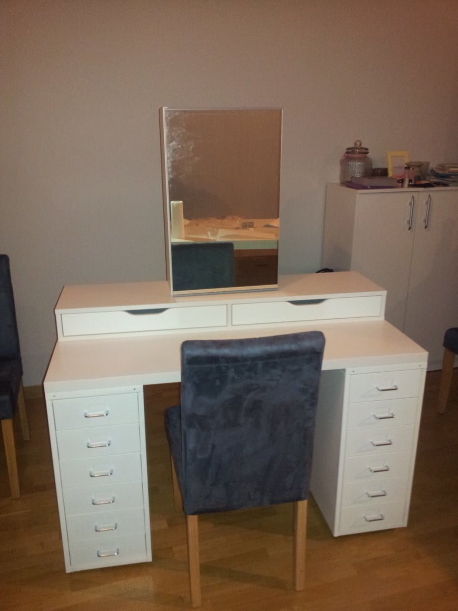 Dressing table mirrors ikea - Mirror Attached