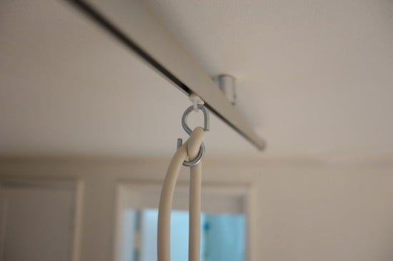 Attaching the pendant light to the KVARTAL curtain rails
