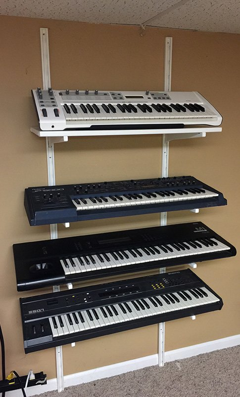 ALGOT multi-tier Synthesizer rack
