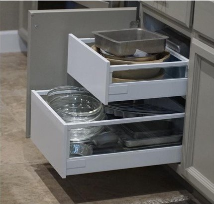 How to install drawer pullouts in kitchen cabinets ikea for Kitchen cabinets with drawers