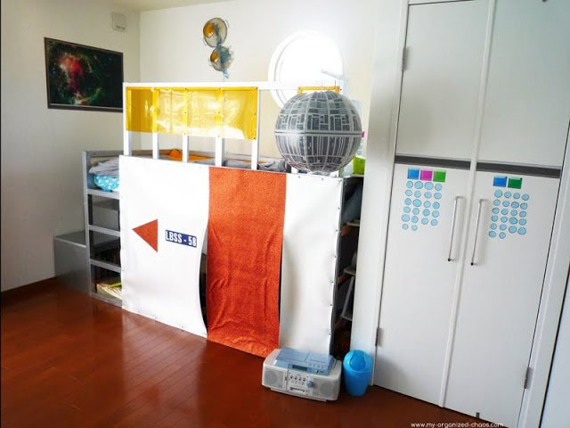 Kura bed hack makeover from deep sea to outer space ikea for Kura bed decoration