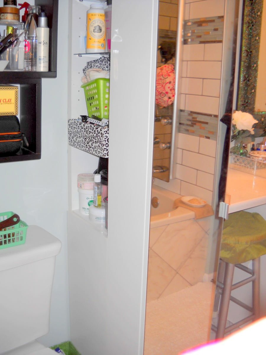 Narrow bathroom cabinet