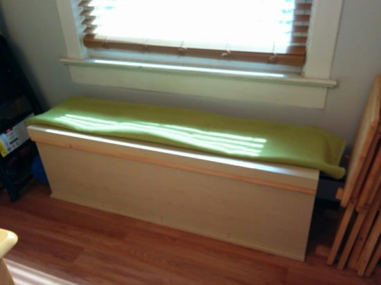 Storage bench from EXPEDIT unit