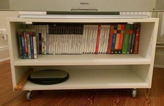 IKEA METOD small tv stand with shelf
