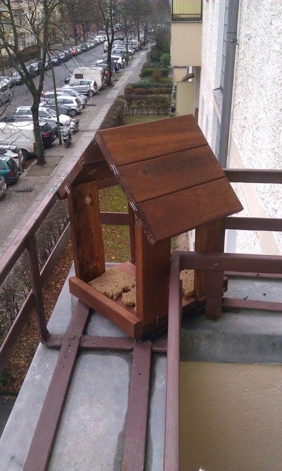IKEA RUNNEN bird feeding house