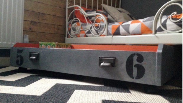 ikea pax drawer to under bed toy storage box on wheels - ikea hackers
