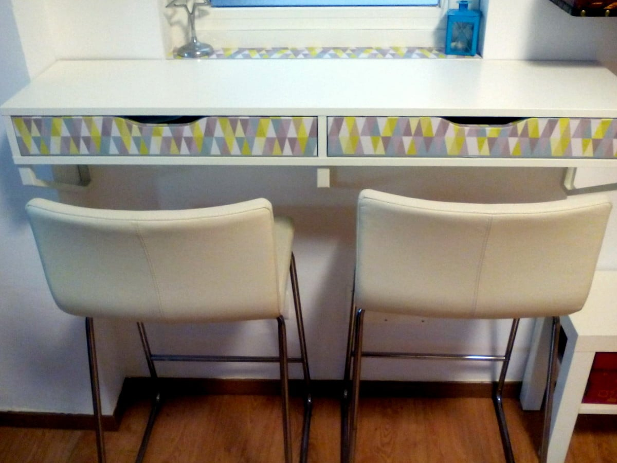 Beginner's hack: IKEA Ekby Alex with border design - IKEA