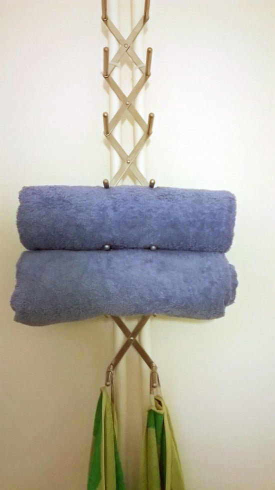 Variera towel holder