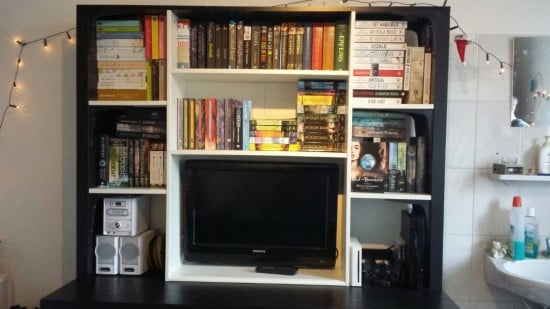 Here you can see the shelving and media part of the unit.