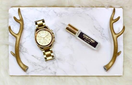 APTITLIG Chopping Board Turned Jewelry Tray