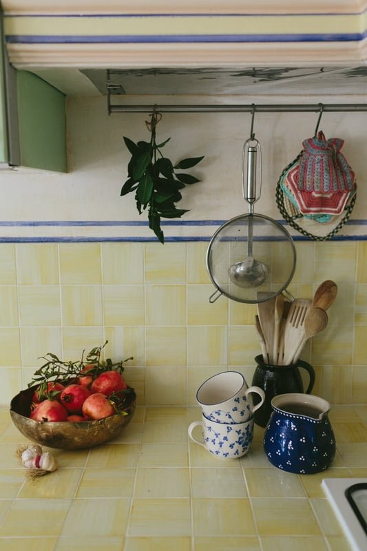 The IKEA Stat kitchen madeover into an Italian kitchen ...