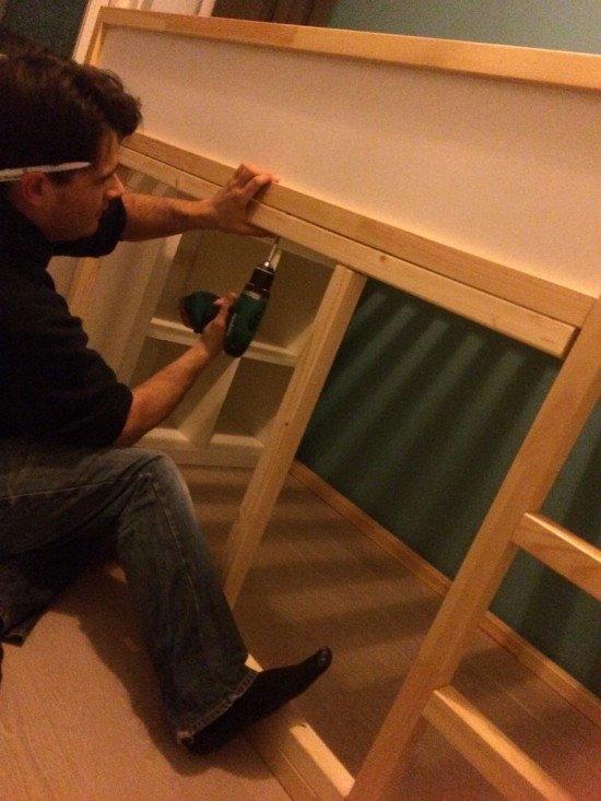 Assemble the KURA bed
