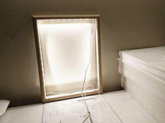 Side firing - bathroom vanity mirror with lights