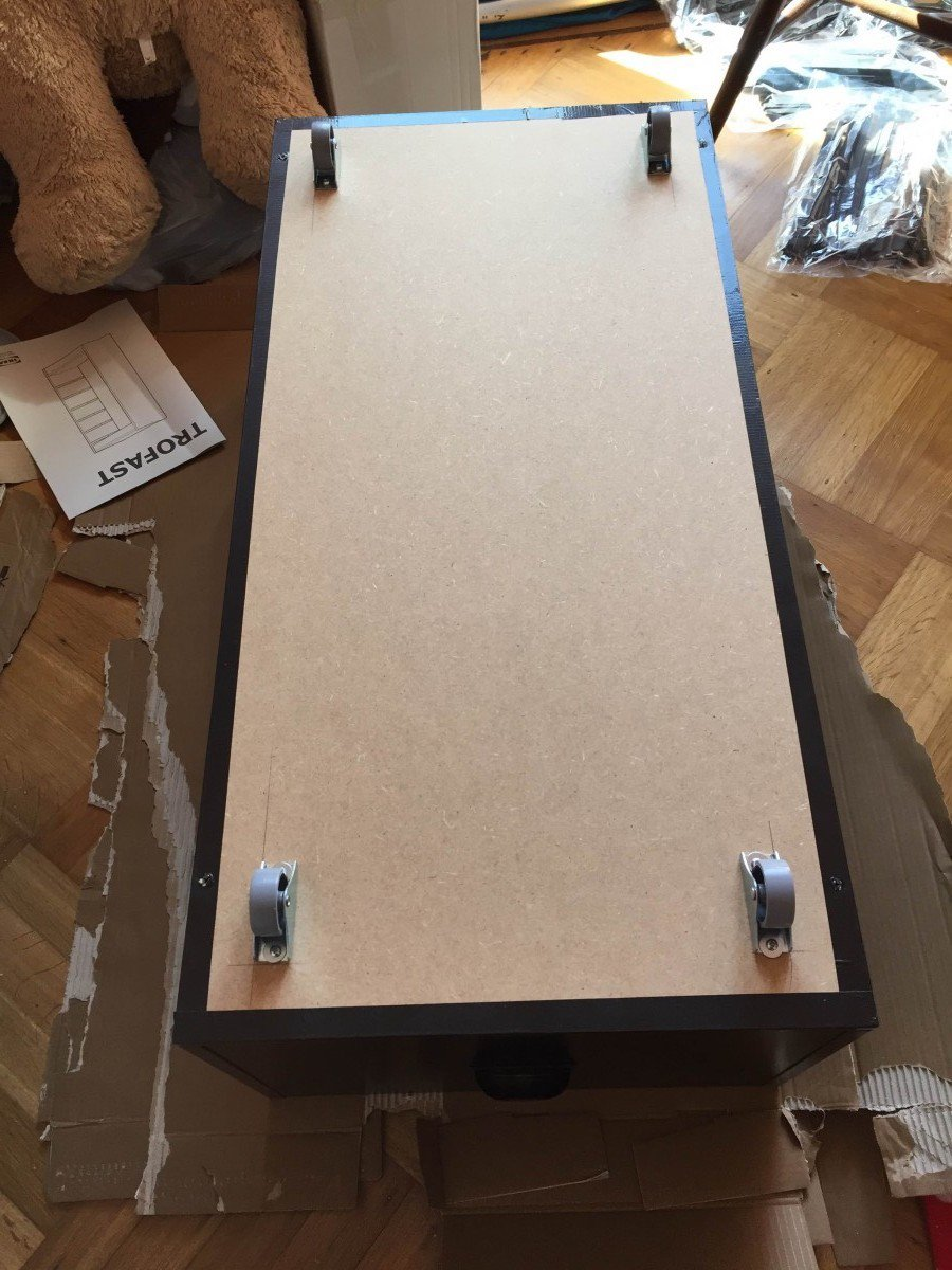 Turn the TROFAST frame into a rolling drawer - IKEA Hackers