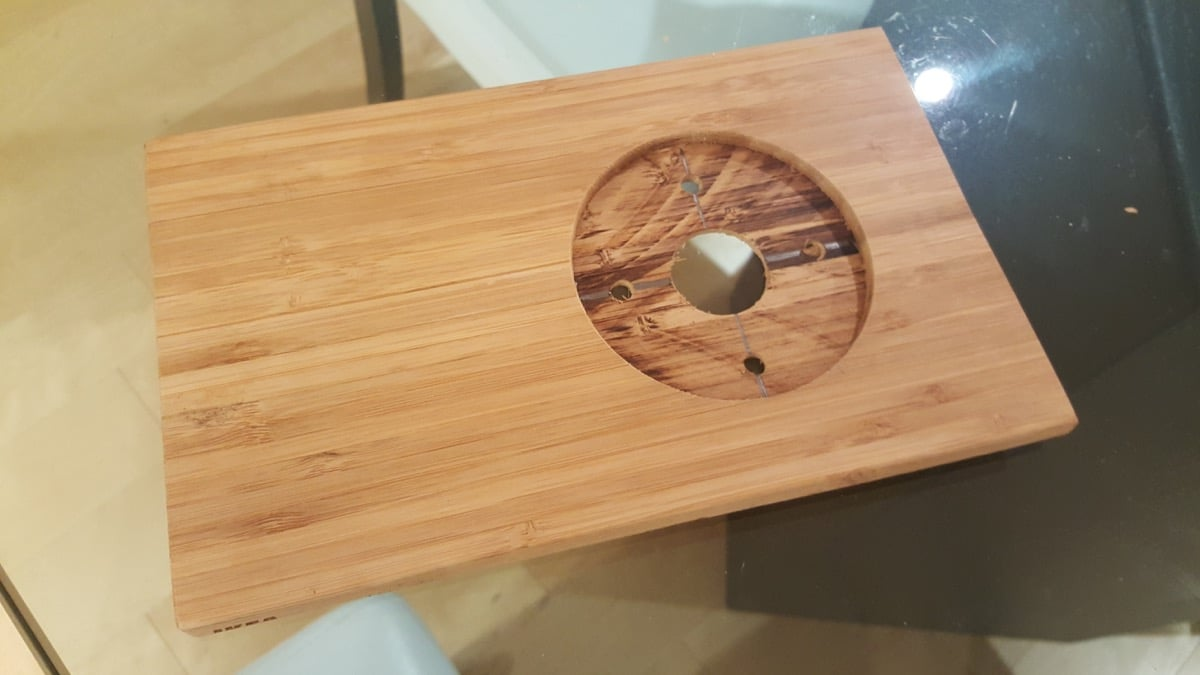 Decorative wall plate for NEST smart thermostat - IKEA Hackers