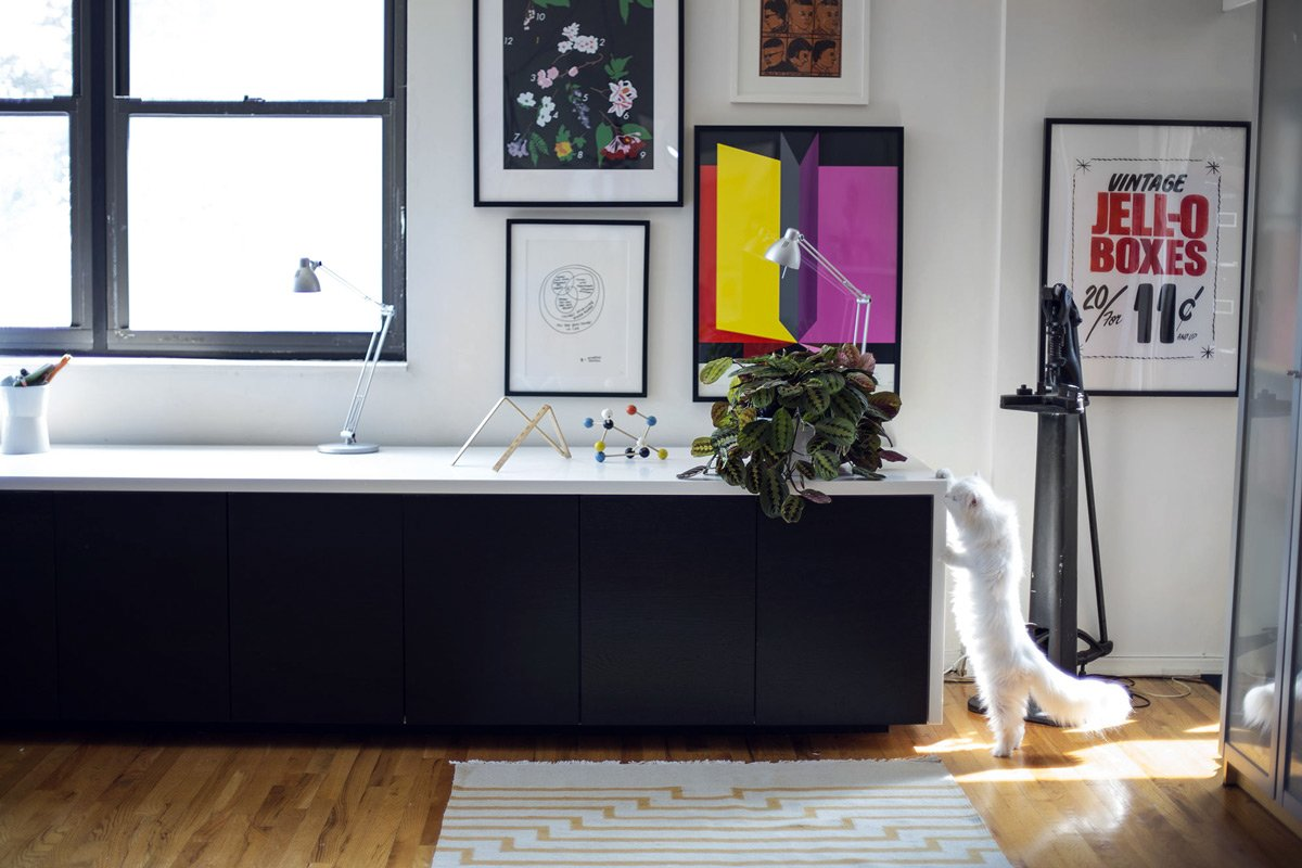 The classiest sit/ stand desk hack ever - IKEA Hackers ...
