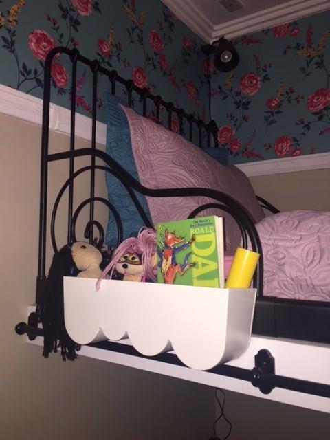 Aggplanta plant pot holder as bedside tray