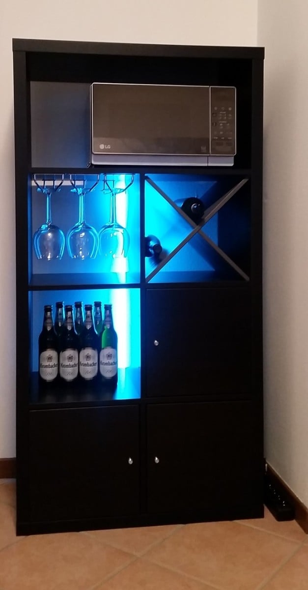 Kallax bar with backlight ikea hackers - Meuble bar ikea ...