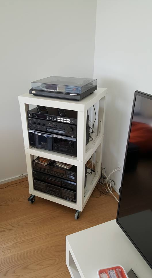 lack hifi rack ikea hackers ikea hackers. Black Bedroom Furniture Sets. Home Design Ideas