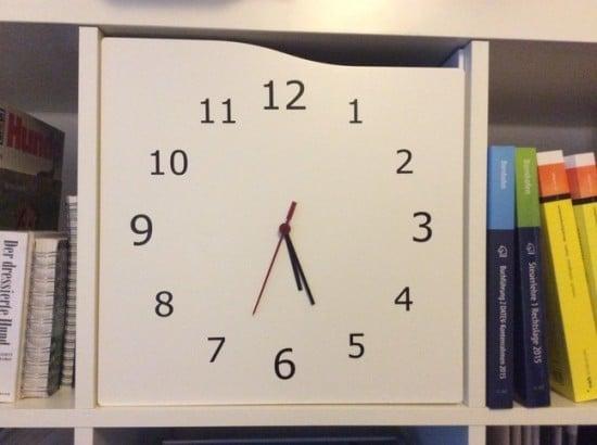 KALLAX door with real clock