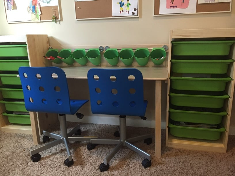 trofast kid desk and workstation ikea hackers ikea hackers. Black Bedroom Furniture Sets. Home Design Ideas