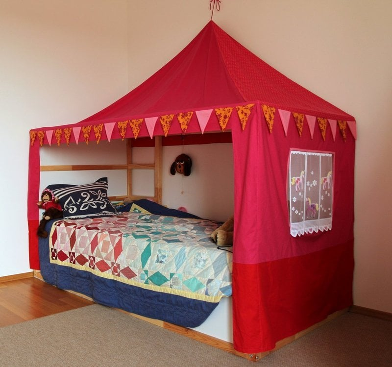 Cool IKEA KURA as a canopy bed