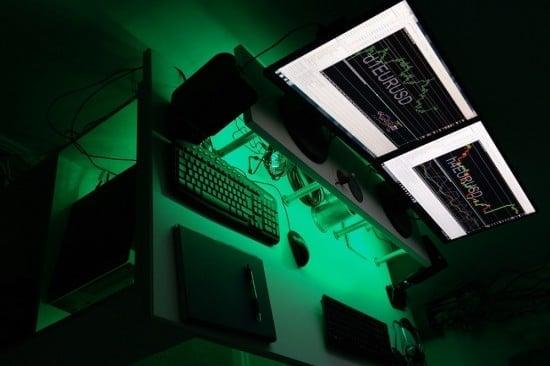 Computer Workstation Hack with Klimpen + Ekby