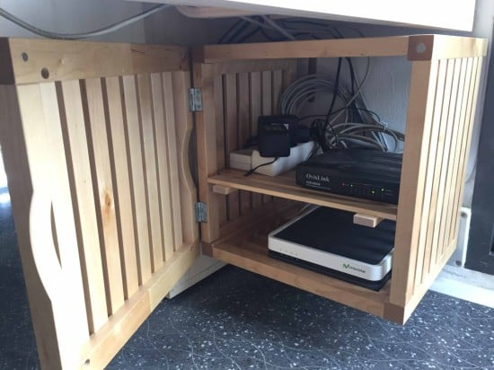 IKEAHackers-Wood_server_closet_02